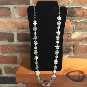 Premier Designs Jewelry - NWT Premier Designs Daisy Chain Necklace